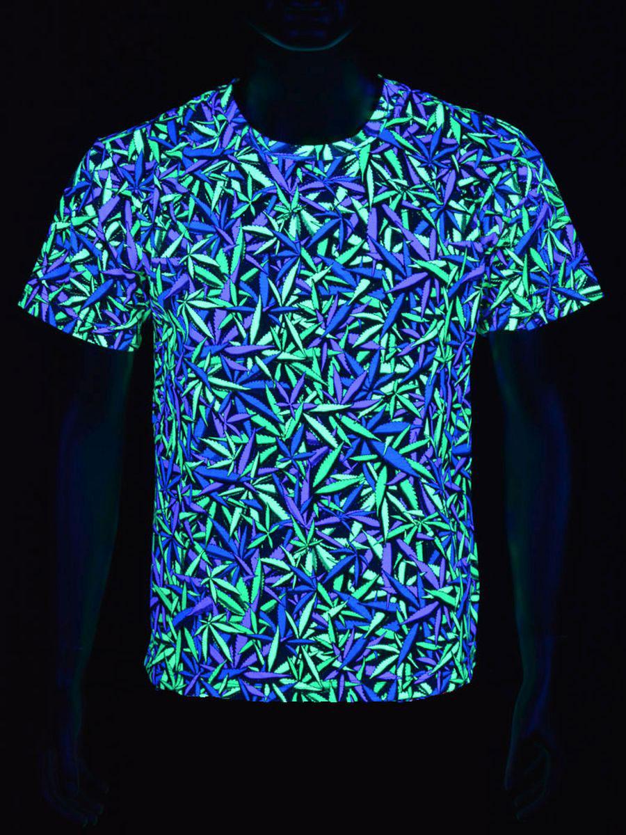 Schwarzlicht t shirt f r herren neon purple haze weed for Bright purple t shirt