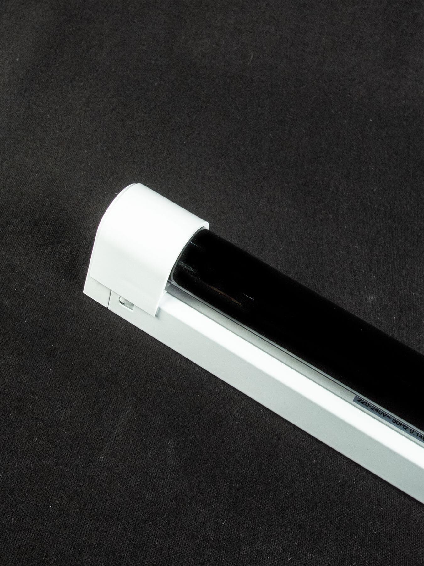 120cm uv schwarzlicht set r hre fassung 36w t8 neon schwarzlichtr hre komplett ebay. Black Bedroom Furniture Sets. Home Design Ideas