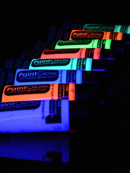10ml schwarzlicht neon schminke glow in the dark bodypainting party ebay. Black Bedroom Furniture Sets. Home Design Ideas
